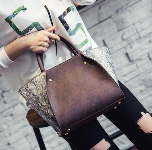 Женская сумка бордовая