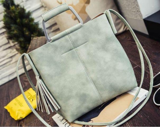Женская сумка светло-зеленая