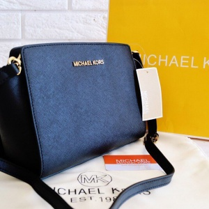 Женская сумка Michael Kors Selma Messenger Black реплика