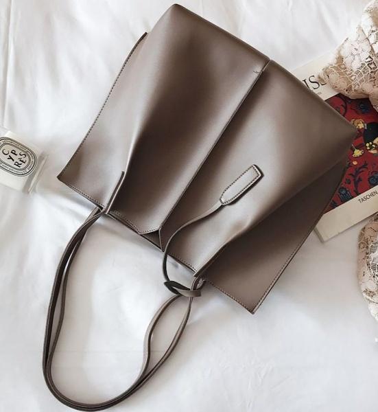 Большая женская сумка тауп