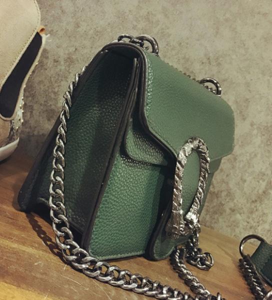 Женская сумка зеленая