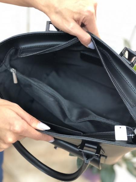 480d2c86636b Кожаная женская сумка черная FM0793A купить недорого с доставкой по ...